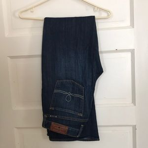 LUCKY BRAND | NWOT Sofia Boot Dark Wash Jeans